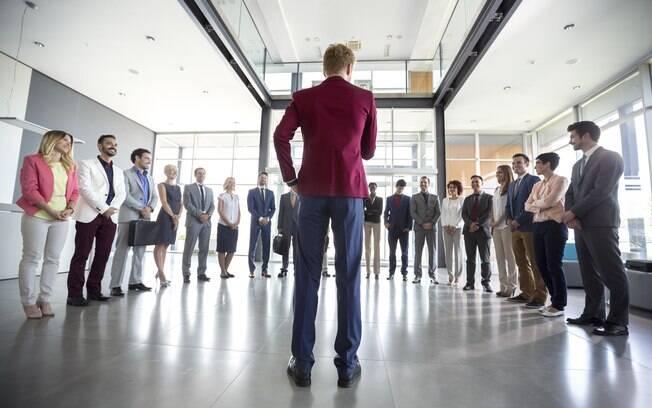 Não se esqueça de que ser líder de uma equipe não significa, apenas, coordenar os trabalhos