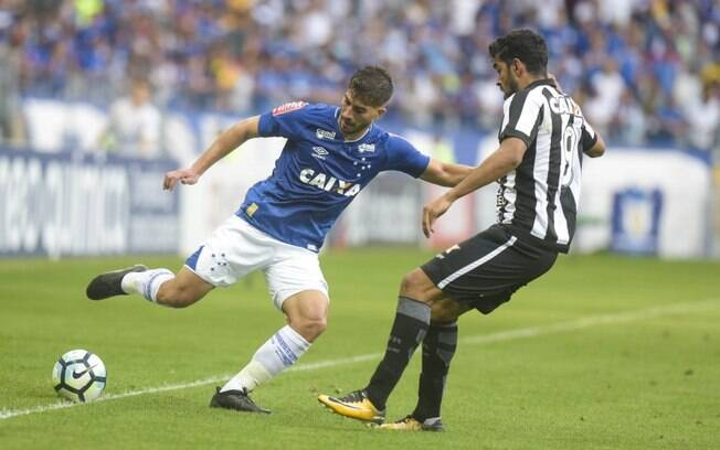 Lance de Cruzeiro x Botafogo