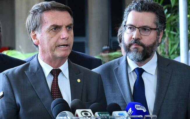 Jair Bolsonaro e Ernesto Araújo adotaram discurso semelhante em relação ao Mercosul e à relação bilateral com a Argentina, mas diferente do adotado por Paulo Guedes