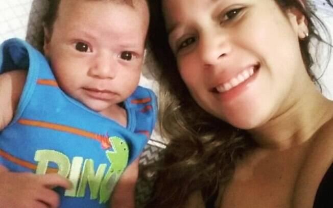 Juliana com o seu filho, Vicente