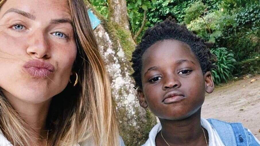 Giovanna Ewbank e Bless no Instagram