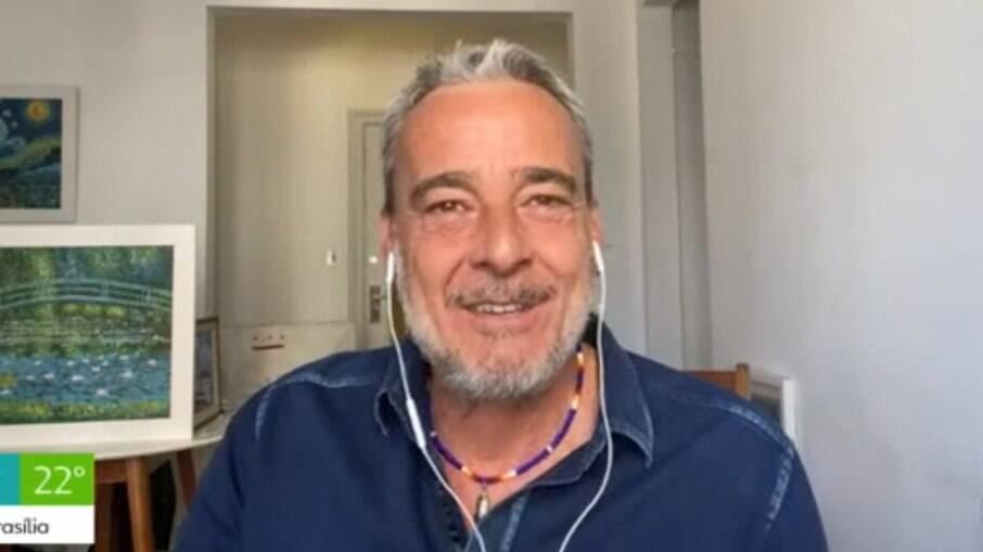Alexandre Borges durante participação do
