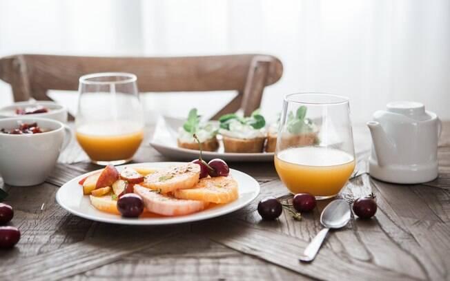 Manter hábitos alimentares saudáveis, evitar álcool e fazer exercícios físicos diminuem os riscos de câncer de próstata