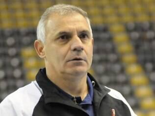 Serginho Schiochet foi aprovado por dirigentes e jogadores como novo técnico da seleção