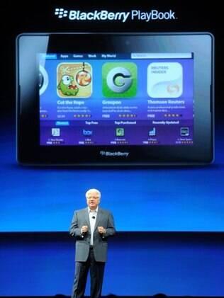 Mike Lazaridis, co-presidente da RIM, e o Playbook: vendas fracas prejudicam finaças da empresa