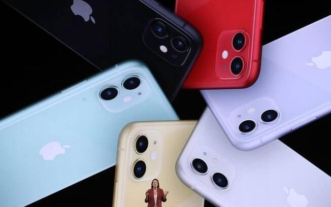 Fabricantes de aparelhos celulares são acusados de diminuir a durabilidade de produtos de forma deliberada