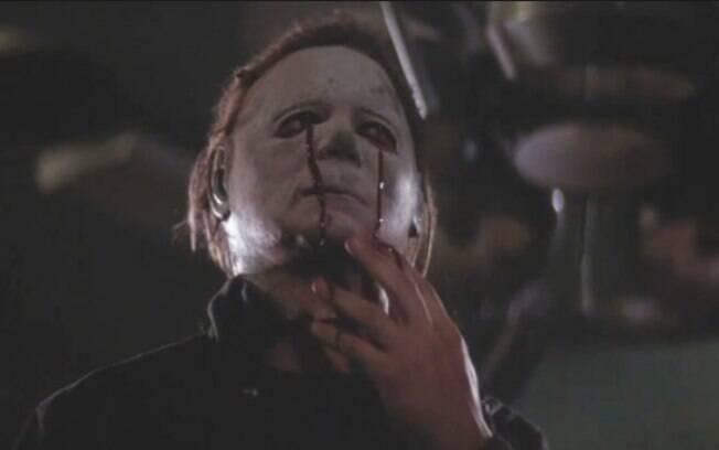 Apesar de ser a mesma máscara de Michael Myers no segundo filme, o aspecto estava diferente pelos maus cuidados