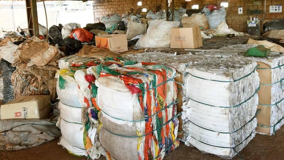 Cooperativa de Reciclagem Unidos na Vitória.