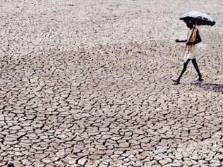 Em Bhubaneswa, oeste da Índia, a temperatura passou de 40ºC