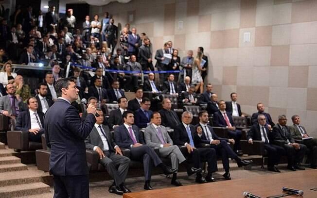 O ministro Sérgio Moro recebeu 12 governadores para apresentar o pacote anticrime
