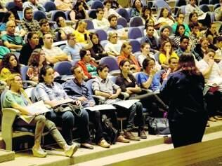 Aulas. No último dia 26, começaram os treinamentos dos voluntários em todo o país