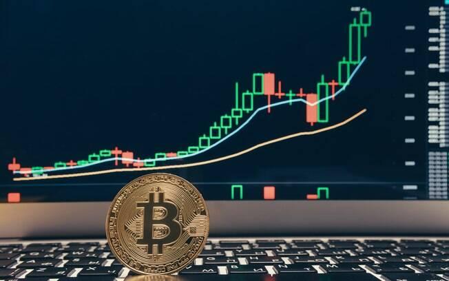Falta de um controle central deixa bitcoin mais suscetível a instabilidade, afirmam analistas