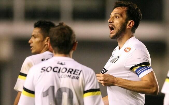 Edu Dracena fez o gol santista contra o  Vasco