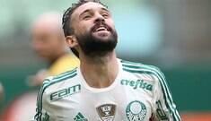 Palmeiras prorroga contrato do meia argentino Allione