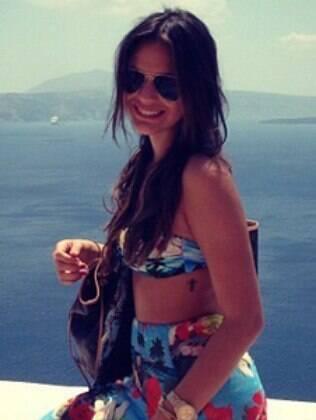 Bruna Marquezine está curtindo as férias na Grécia