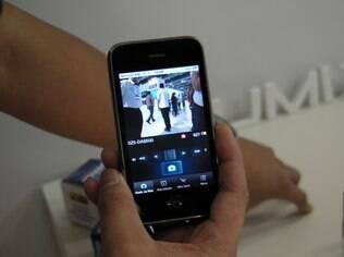 Aplicativo da Panasonic para iPhone e Android permite controlar câmera digital SZ5