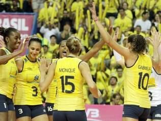 Jogadoras comemoram terceira vitória no torneio
