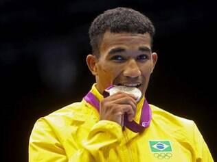 Com profissionalização, Esquiva Falcão ficará fora dos Jogos Olímpicos do Rio de Janeiro, em 2016