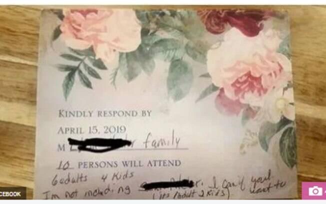 Casal convidado para um casamento decide levar mais 8 pessoas com eles e internautas reagem: