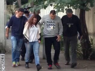 Eliana Freitas Barreto, mandante do crime, saindo do IML onde fez corpo de delito