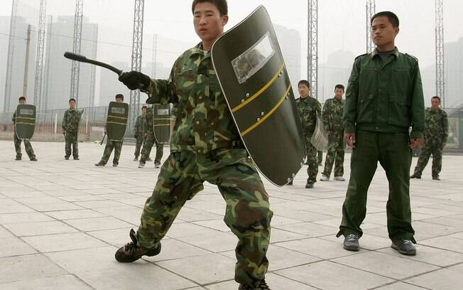 As artes marciais também são consideradas armas não letais pela Secretaria Nacional de Segurança