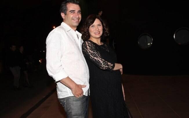 Giuliano Girondi e Rachel Ripani esperam o primeiro filho que se chamará Téo