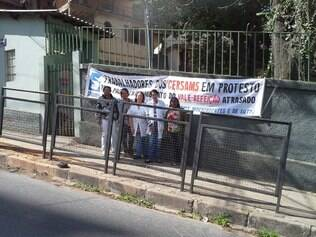 Protesto foi por causa do atraso de 20 dias no vale-alimentação, benefício que é direito da categoria