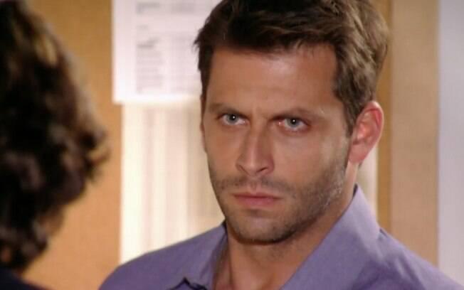 Cassiano é intimado por agressão a Alberto