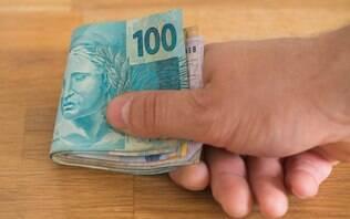 Salário mínimo em dezembro deveria ter sido de R$ 3.960, calcula Dieese