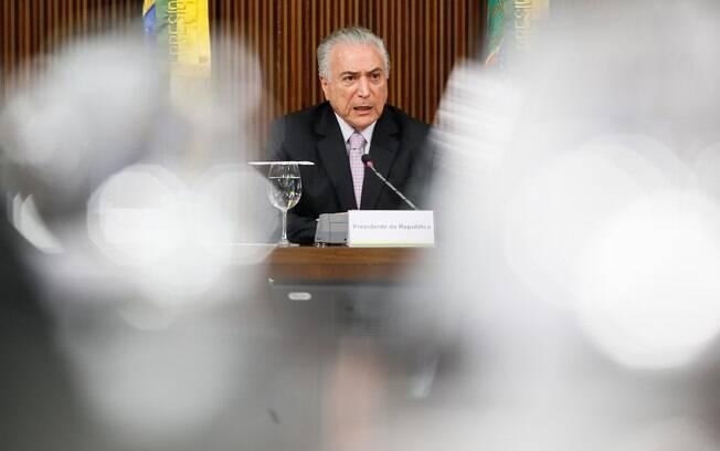 Presidente Michel Temer recebe parlamentares no Palácio do Planalto ao longo desta terça-feira