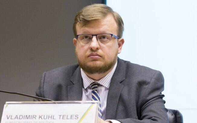 Dólar subiu depois do anúncio de que o subsecretário de Política Macroeconômica do Ministério da Economia, Vladimir Kuhl Teles, deixará o cargo