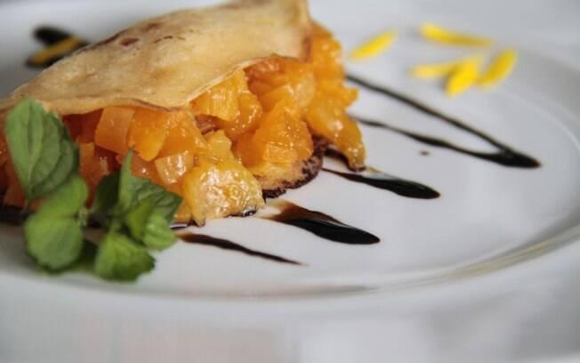 Clique aqui e veja a receita de panqueca integral de damasco em calda de chocolate amargo