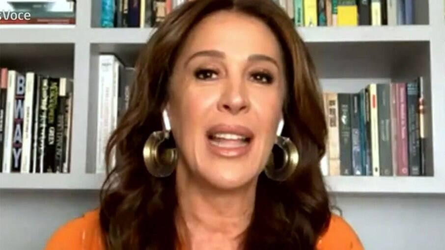 Claudia Raia relembra ajuda de Nicette Bruno