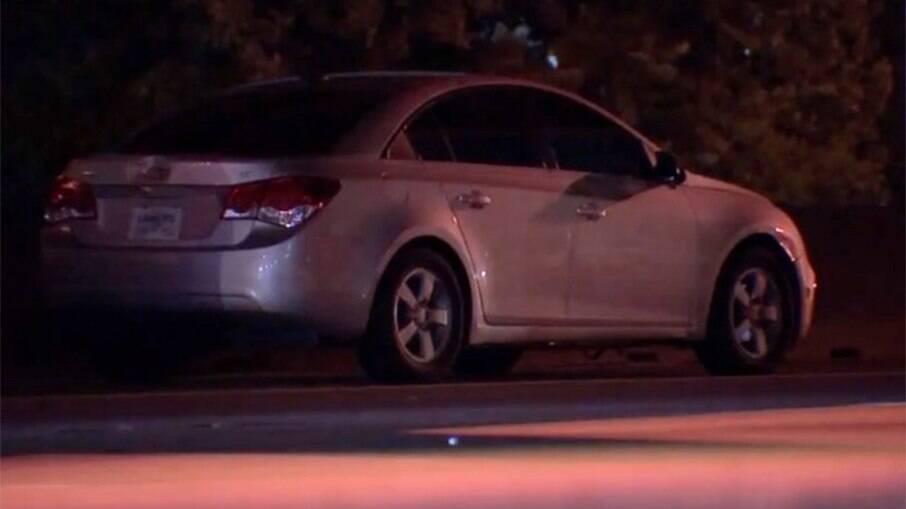Adolescente de 15 anos morreu na hora ao ser atingida por carro no meio da rodovia