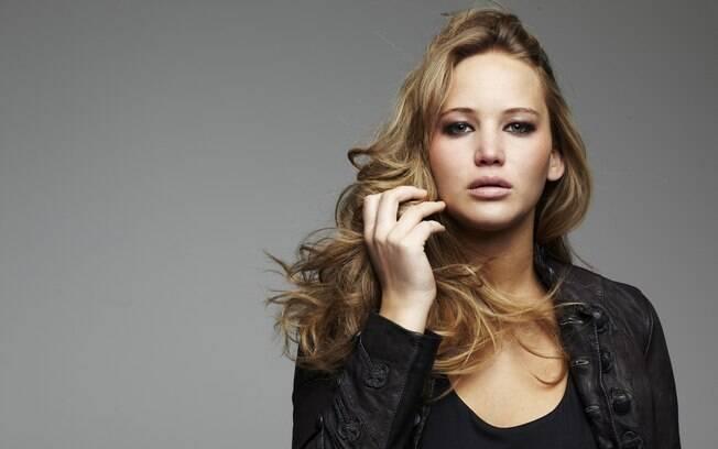 A atriz Jennifer Lawrence, aos 26 anos, ganhou uma biografia para chamar de sua