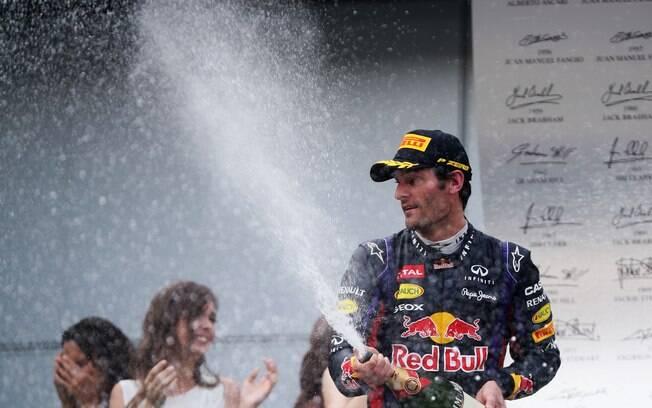 Mark Webber celebra segundo lugar conquistado  na Malásia