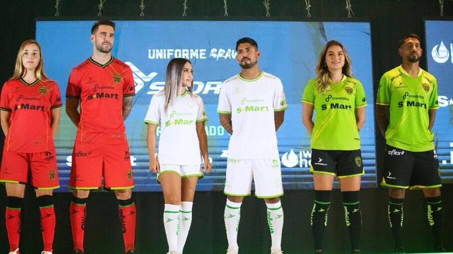 Apresentação dos novos uniformes do FC Juárez
