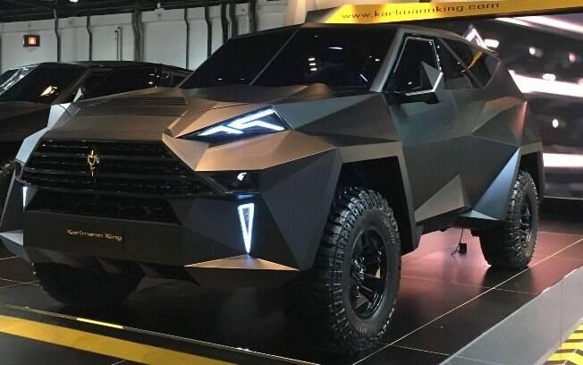 SUV mais caro do mundo é um dos carros exóticos mostrados no Salão de Los Angeles, nos Estados Unidos
