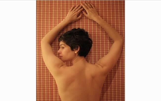 Maria Flor se declara para namorado com foto de topless