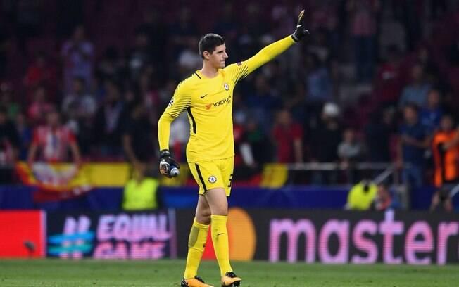 Thibaut Courtois deixa o Chelsea após quatro anos para se tornar goleiro do Real Madrid
