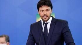 Ministro faz críticas a quem lamenta os mortos da Covid-19