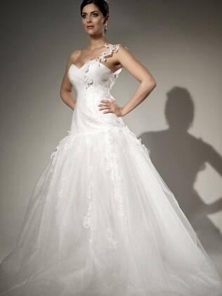 Vestido: escolha deve valorizar os pontos forte da silhueta da noiva