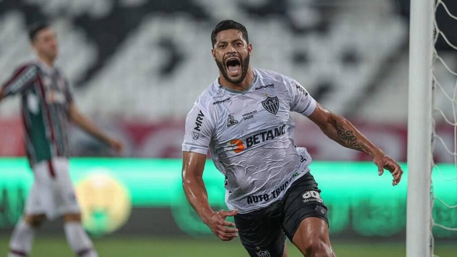 Hulk comemora após marcar contra o Fluminense