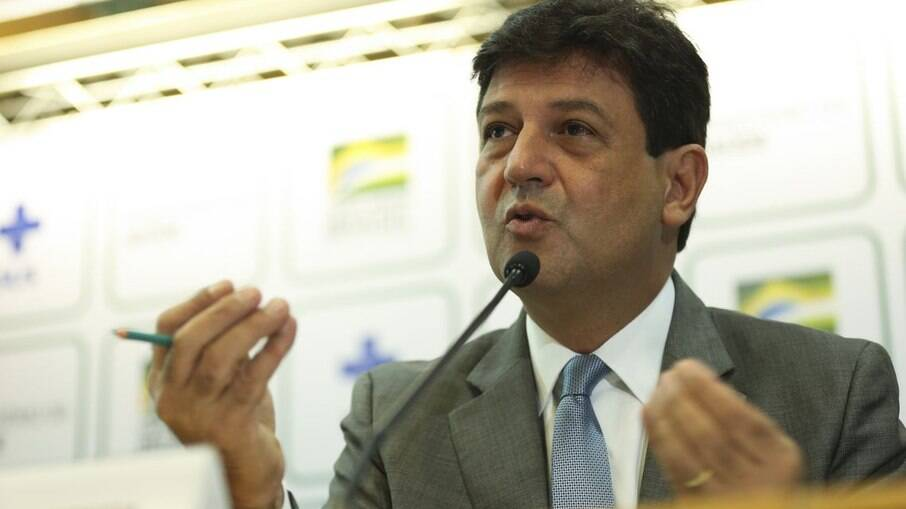 Ex-ministro da Saúde, Luiz Henrique Mandetta, criticou o general Eduardo Pazuello