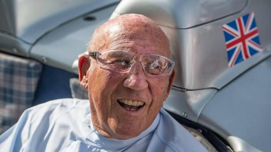 Em 1948, Sir Stirling Moss obteve sua primeira vitória logo em sua estreia em corridas na pista de Goodwood.