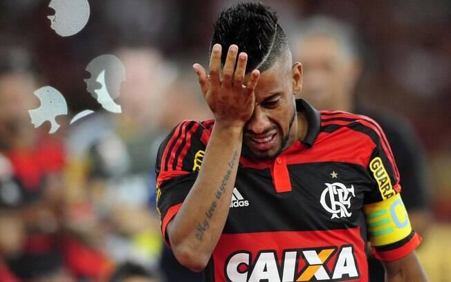 Eurico Miranda anunciou Léo Moura como reforço, mas o ex-lateral do rival Flamengo desistiu do acordo horas depois. Foto: Dhavid Normando/Futura Press