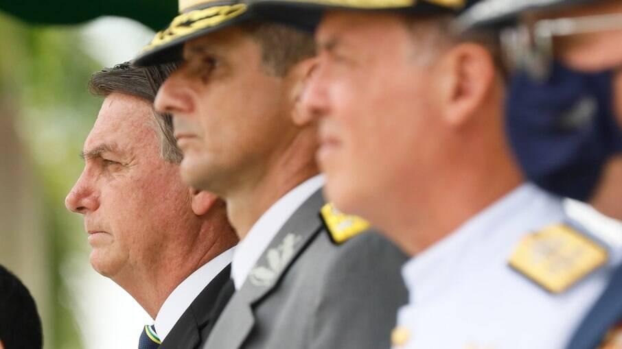 Bolsonaro participou de cerimônia nesta quinta-feira (10)
