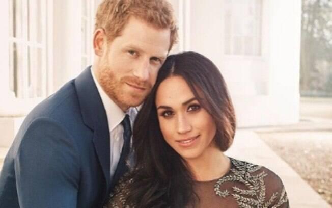 Príncipe Harry e sua futura esposa Meghan Markle estão passando por maus bocados. O pai da atriz alegou que não irá comparecer ao Casamento Real devido a um ataque cardíaco