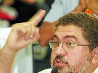 Antônio Carlos critica falta de transparência da Câmara de Betim