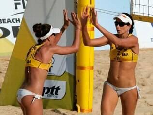 Maria Clara e Carol miram o segundo lugar do ranking mundial